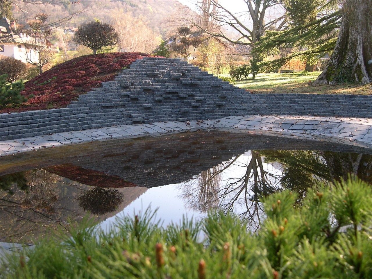 Jardin Menthon Saint Bernard